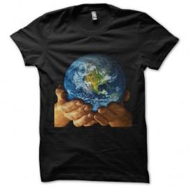 Shirt prenez soin de la planete noir pour homme et femme