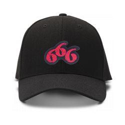 casquette 666 brodée de couleur noire